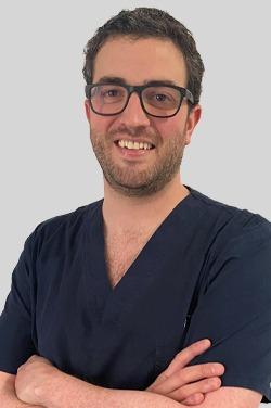 Dr. Ismael González González