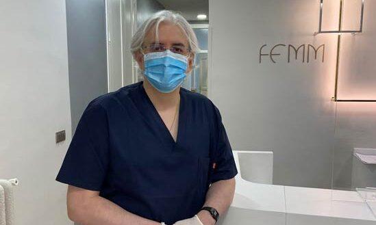 Dr. José Señaris en la clínica FEMM